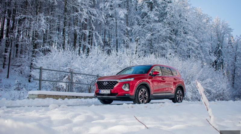 TEST: Hyundai Santa Fe 2.2 CRDi  – Šliape na päty prémiovkám