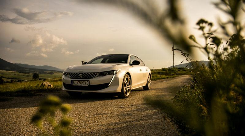 TEST: Peugeot 508 2.0 BlueHDi – Neprehliadnuteľný