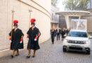 Nový papamobil Dacia Duster
