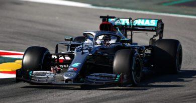 Mercedes testuje prevratnú novinku. Vyvinul špeciálnu funkciu pre volant svojho monopostu