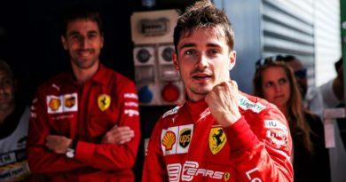 Charles Leclerc ovládol virtuálne preteky. Na pódium opäť aj tím Renault