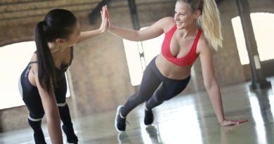 Potrebujete rýchlo schudnúť? Vyskúšajte tieto 3 efektívne cviky na brucho